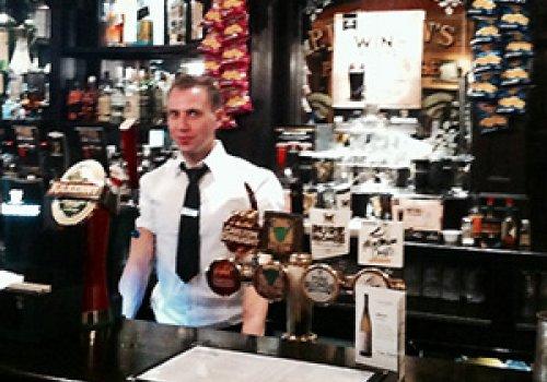 Arbeiten als Bartender am Melbourne Airport